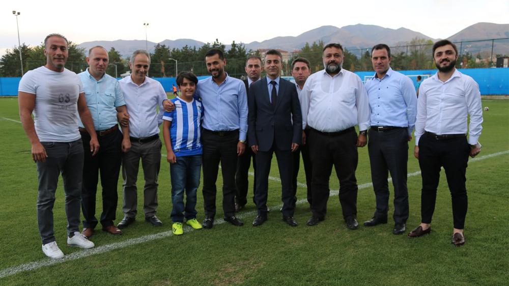 İl Sağlık Müdüründen BB. Erzurumspor'a Moral Ziyareti