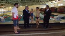 Yüzmenin engel tanımayan kahramanlarına moral