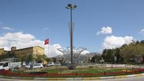 Büyükşehir, şehre 650 bin lale,900 bin çiçek dikti