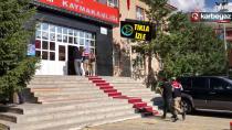 Jandarma Tortum'da kablo hırsızlarına suçüstü yaptı